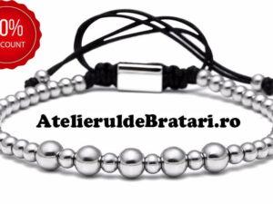 Bratara dama cu Argint 925 cu bile mari este impletita manual. Bratara dama cu Argint 925 cu bile mari este ambalata intr-o cutie cadou si poate fi cadoul ideal pentru o zi aniversara sau onomastica.
