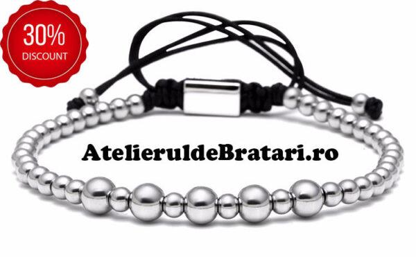 Bratara barbati cu Argint 925 cu bile mari este impletita manual. Bratara barbati cu Argint 925 cu bile mari este ambalata intr-o cutie cadou si poate fi cadoul ideal pentru o zi aniversara sau onomastica.